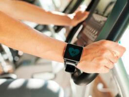 Health Tracking Smartwatch